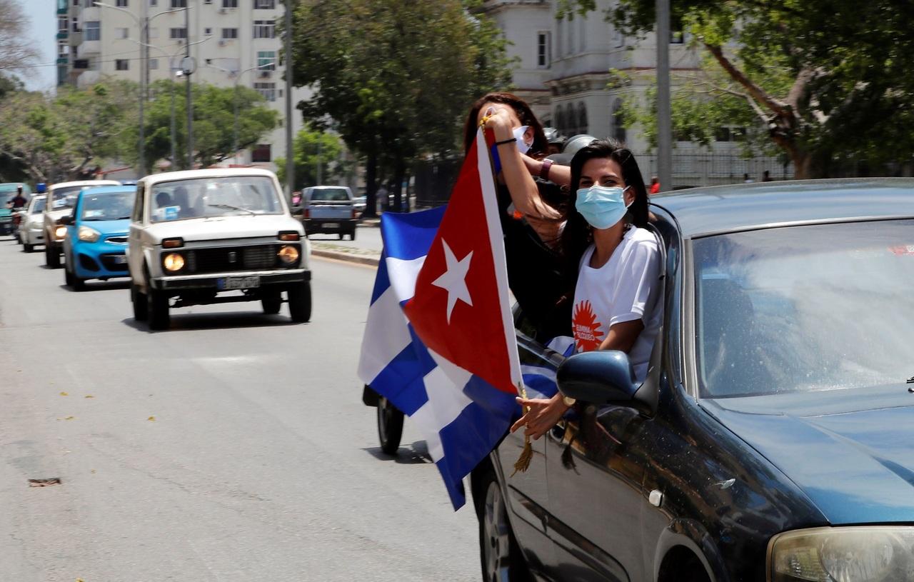 Piden fin al embargo de EU a Cuba