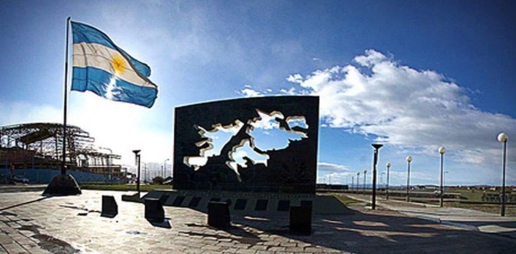 Canciller argentino busca negociar Malvinas