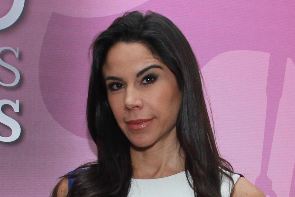 Paola Rojas da positivo a COVID-19; se ausentará de su noticiero