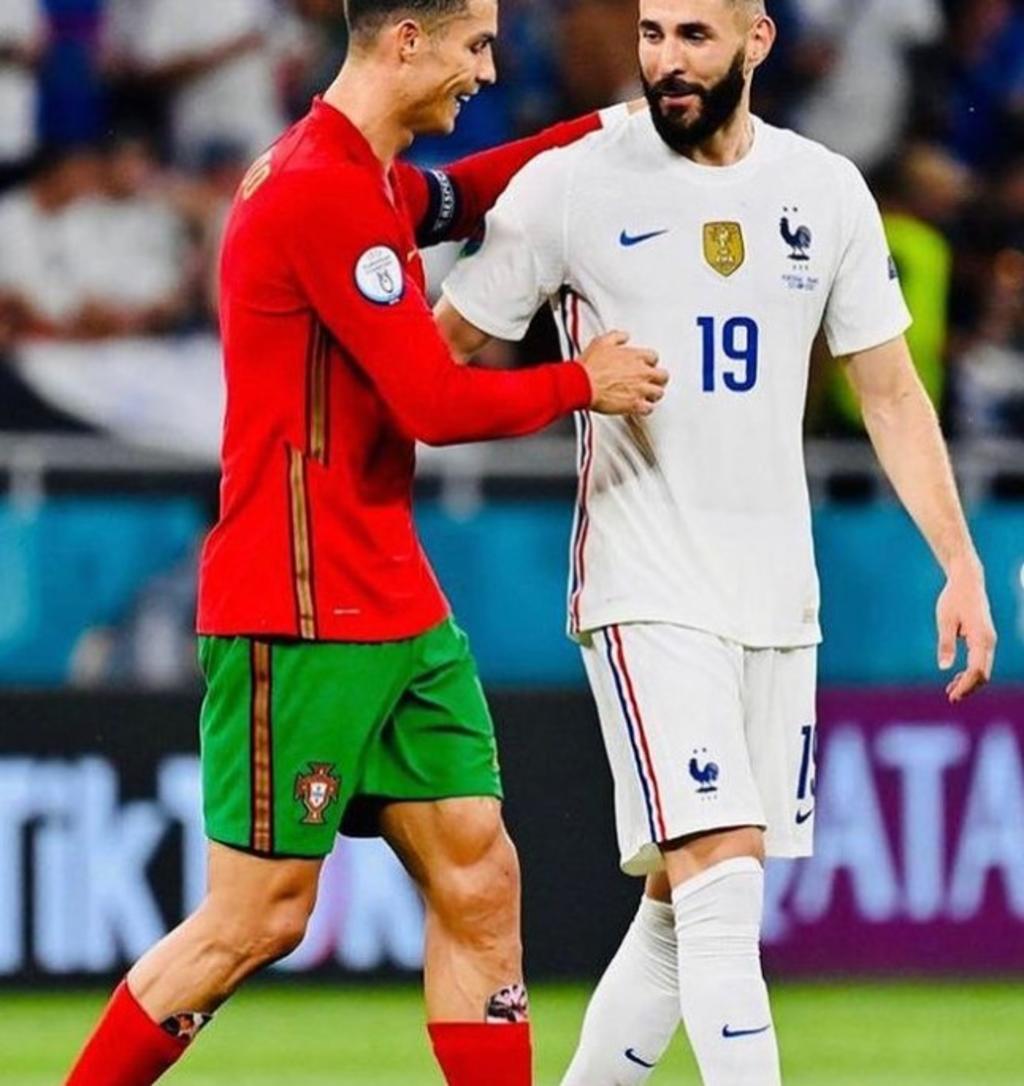 Cristiano Ronaldo se juega la 'Euro' con fotografía de su pareja en sus espinilleras