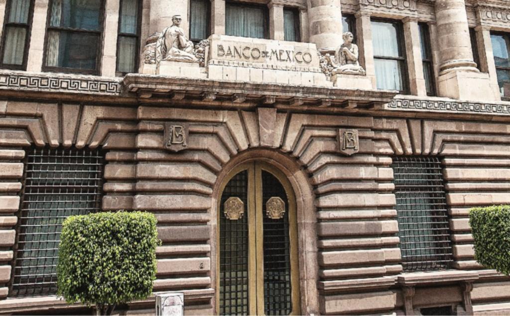 El Banxico aumenta la tasa de interés al 4.25 %
