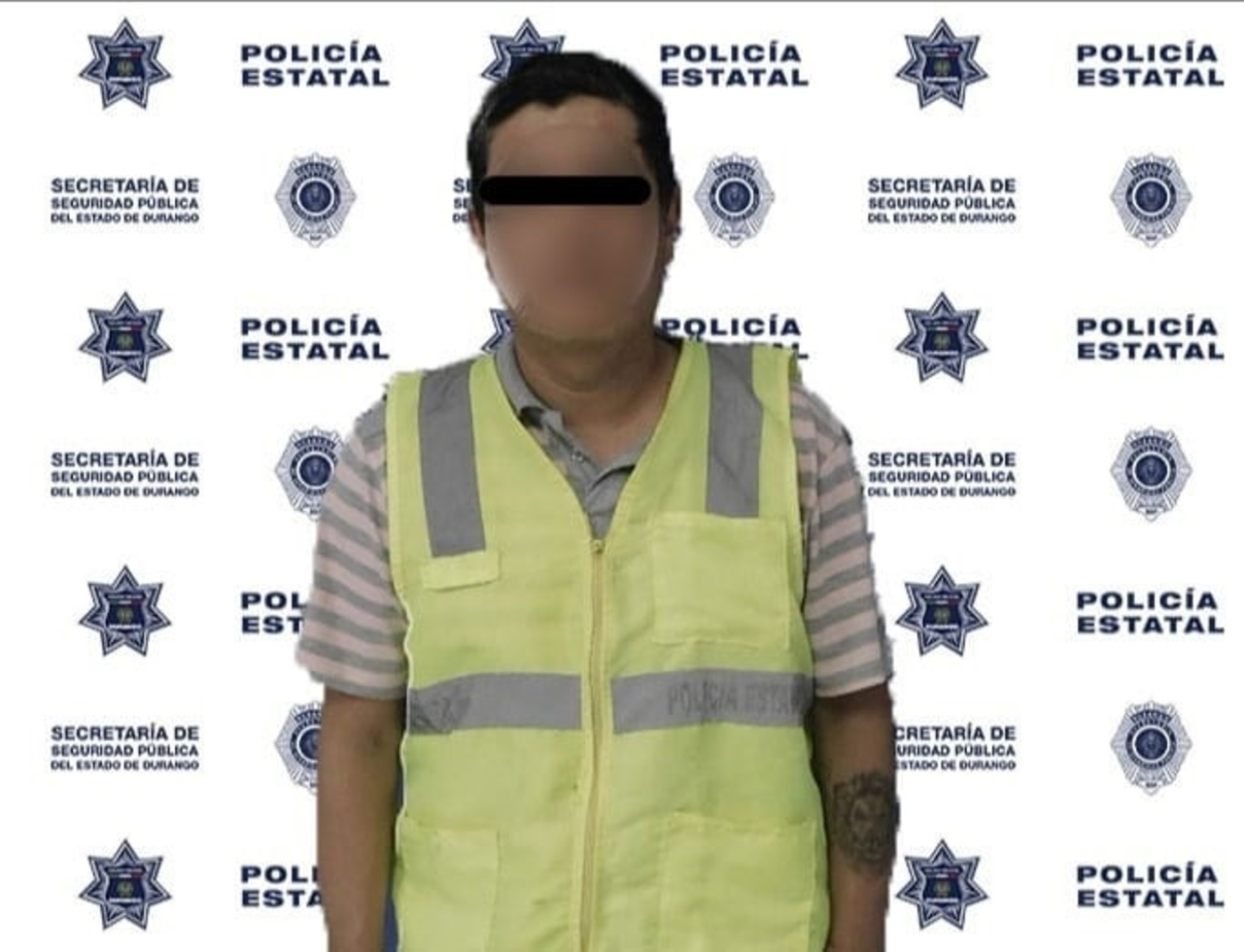 Detienen a sujeto que circulaba en vehículo con placas sobrepuestas