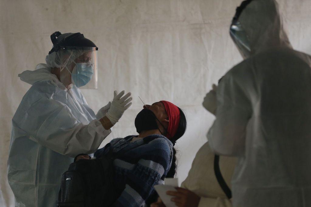 México suma 221 muertes por virus