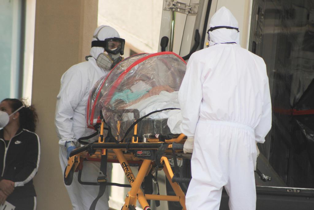 Hospitales del Valle de México se saturan por casos de COVID-19
