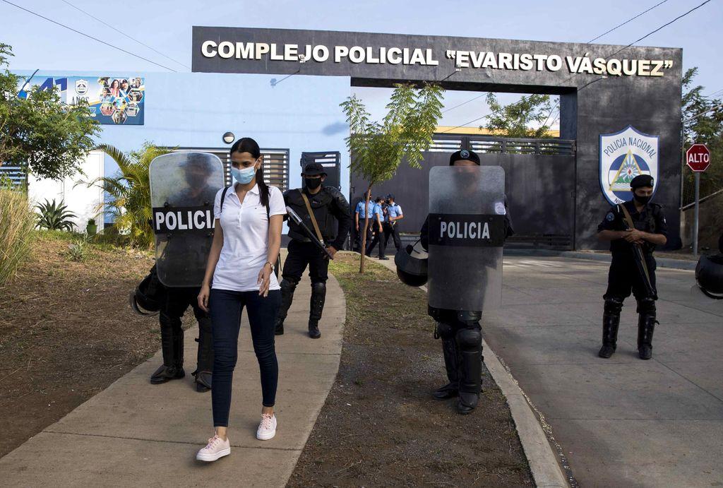 Familiares de opositores presos en Nicaragua temen por su vida