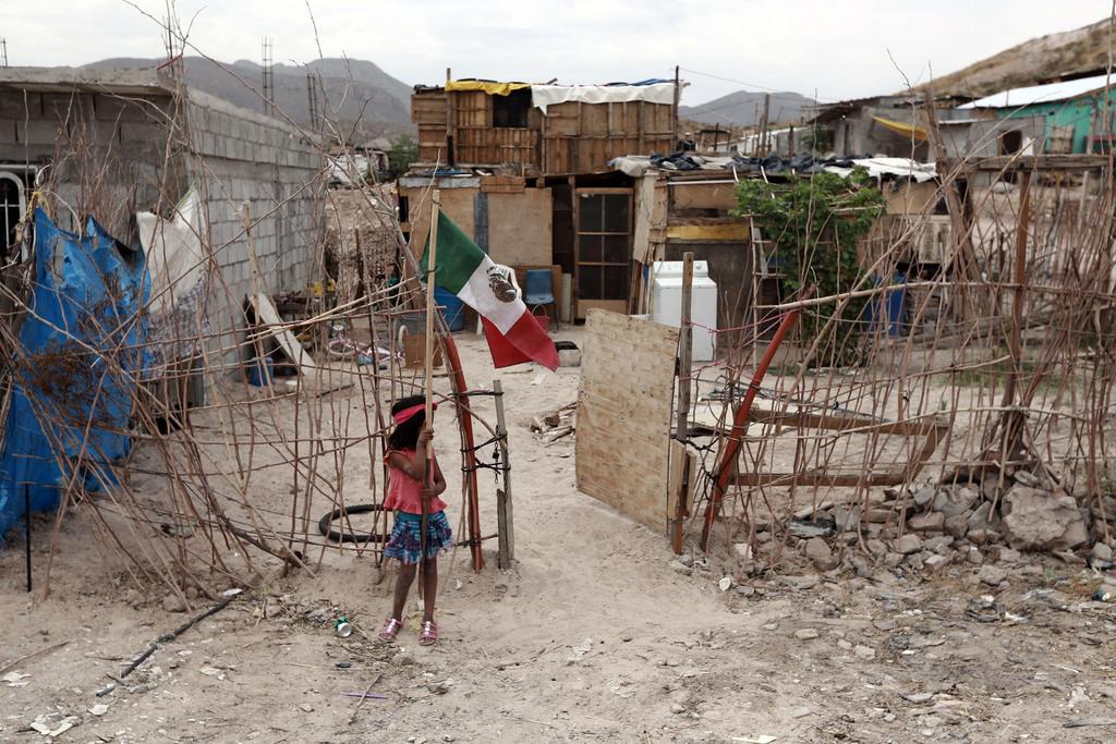 Cuatro millones de latinos se convierten en pobres a raíz de la pandemia de COVID-19