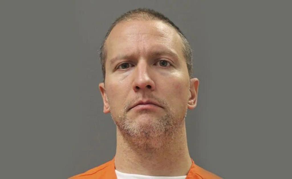Derek Chauvin, el expolicía culpado del asesinato de George Floyd, ofrece condolencias a la familia