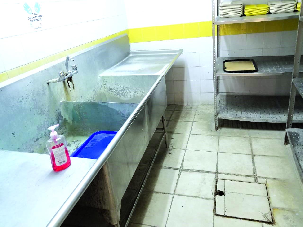 Denuncian las malas condiciones en hospital de Gómez Palacio