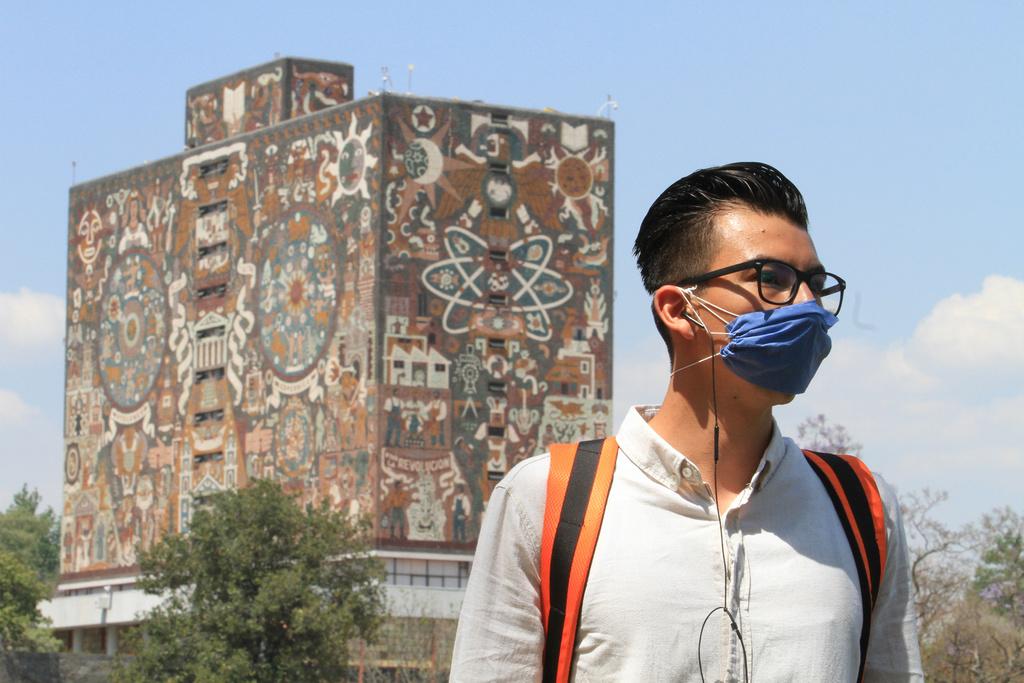 En la UNAM, buscan una vida mejor clases baja y media baja del país