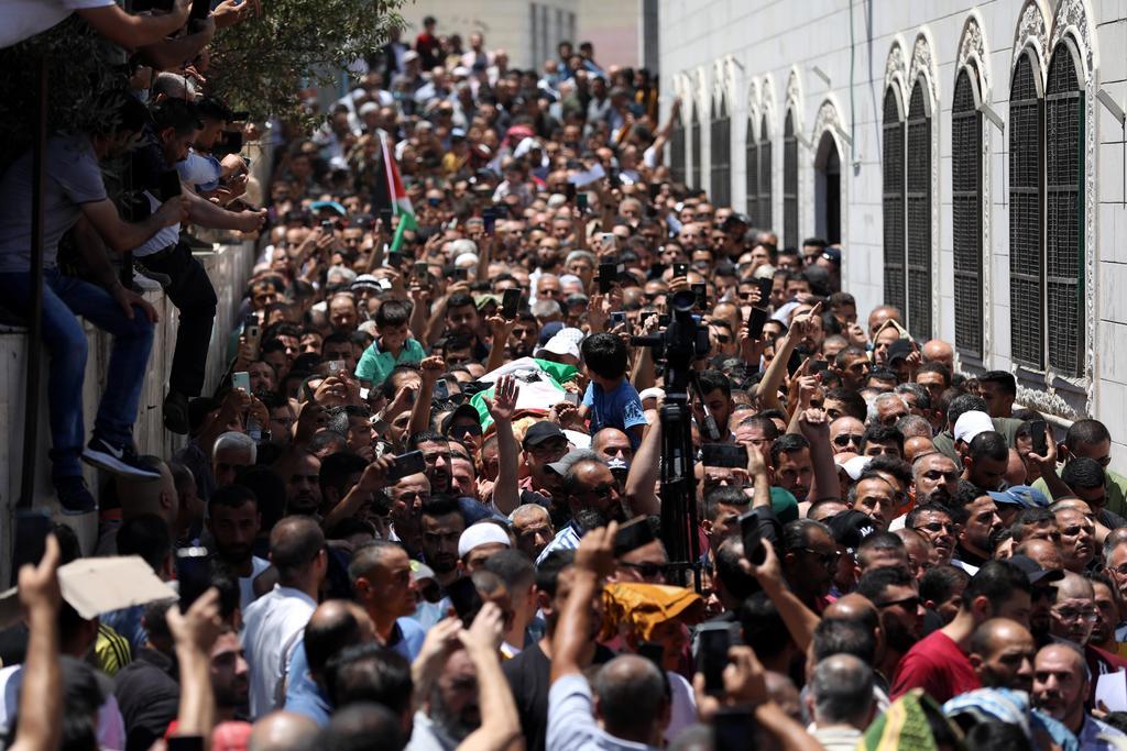 Palestinos exigen renuncia de presidente