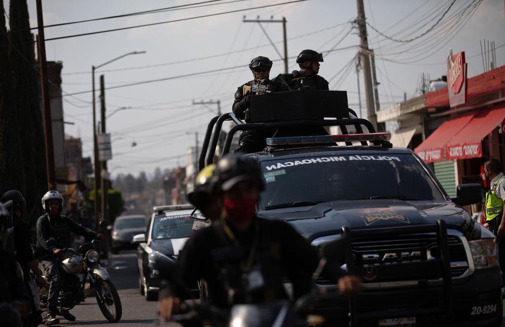 Enfrentamiento en poblado de Michoacán deja cinco muertos