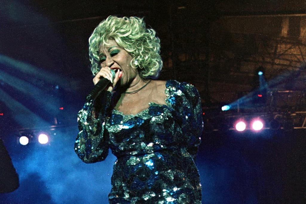 2003: Muere Celia Cruz, la 'reina de la salsa'