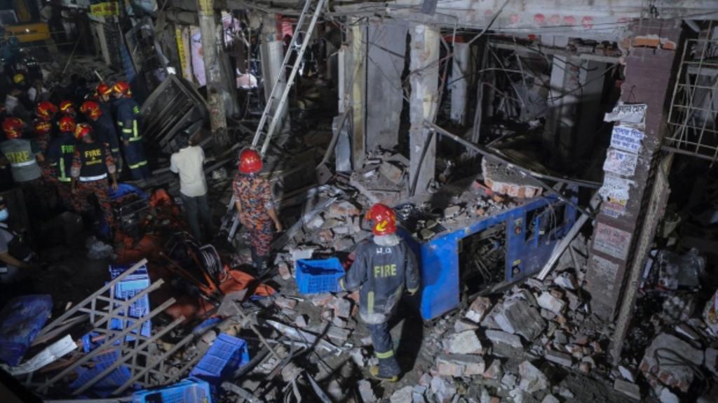 Explosión en edificio de Bangladesh deja al menos siete muertos y 52 heridos