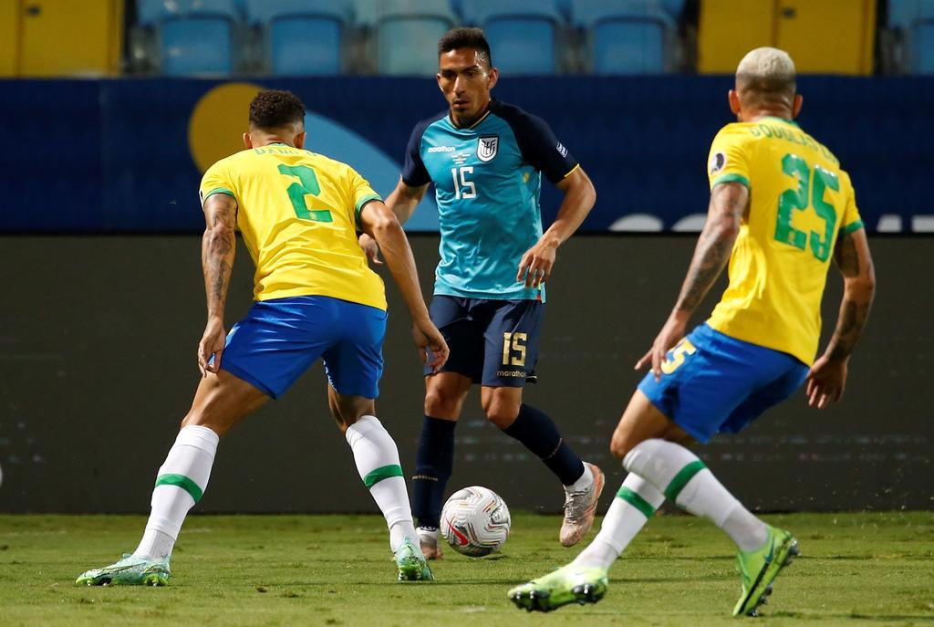 Ecuador rescata empate ante Brasil y clasifica a cuartos de final de la Copa América