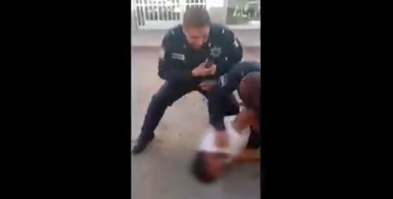 VIDEO: Policías municipales someten a varón mientras convulsionaba; indigna a redes sociales