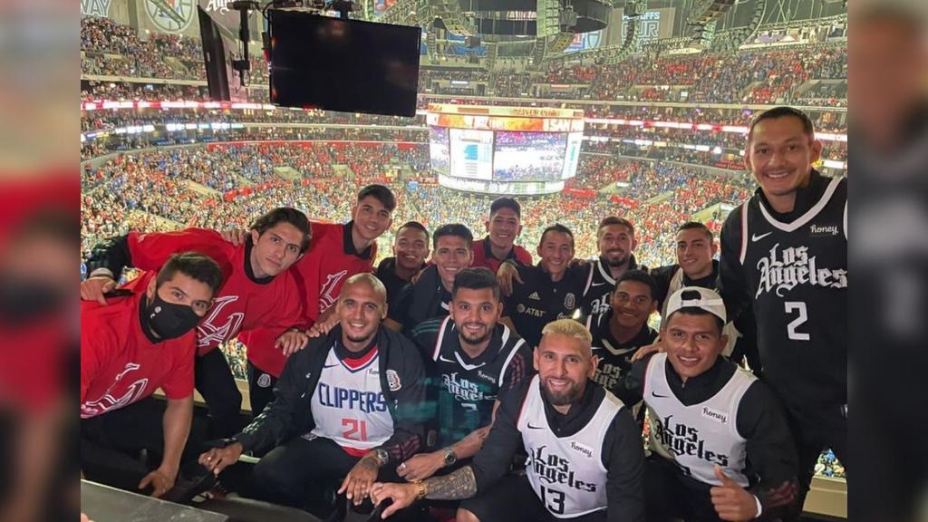 Alan Cervantes, Funes Mori y otros jugadores de la Selección asisten a partido de la NBA