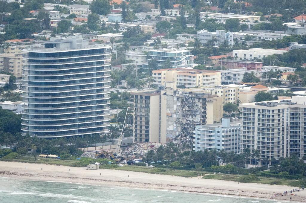 Rescatistas del derrumbe en Miami hallan otras dos víctimas; suman 11 fallecidos