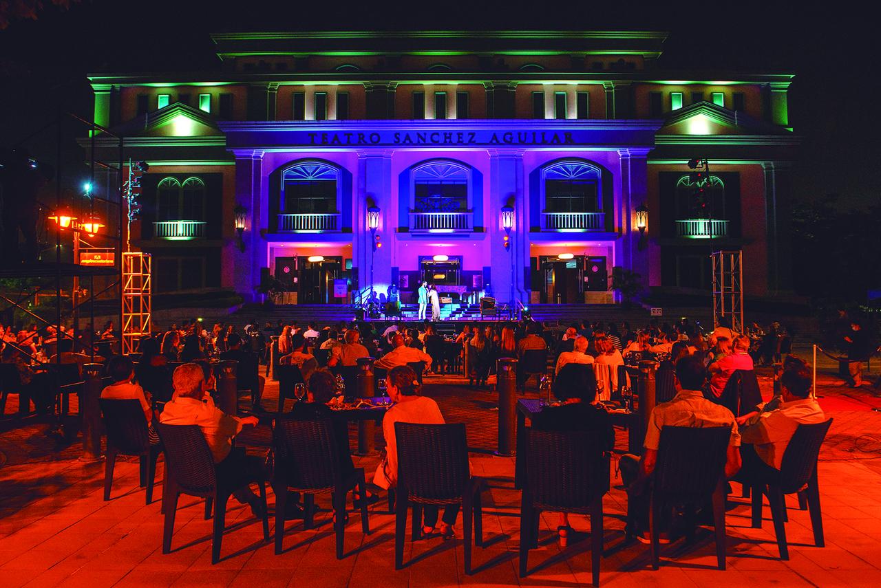 Guayaquil saca el teatro a la calle