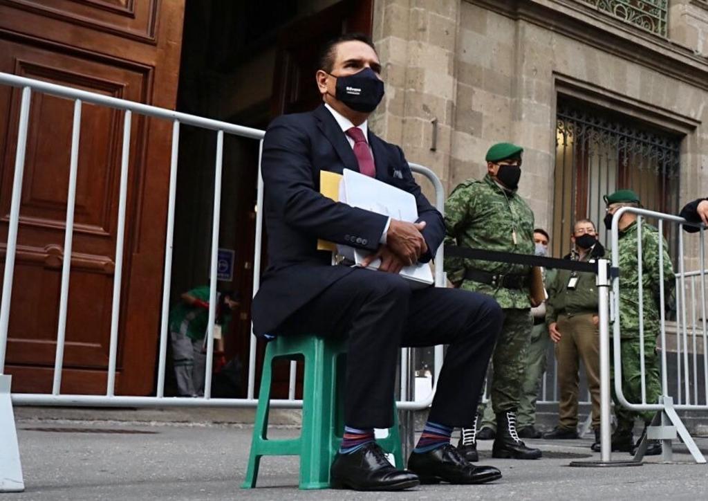 Silvano Aureoles acude a Palacio Nacional para pedir audiencia con López Obrador