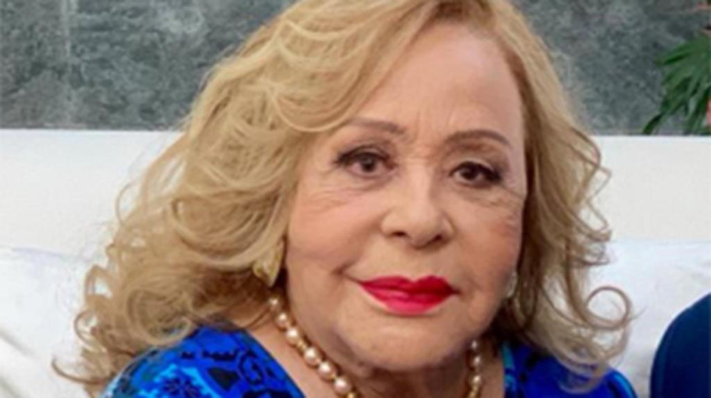 Silvia Pinal continúa hospitalizada sin fecha de salida