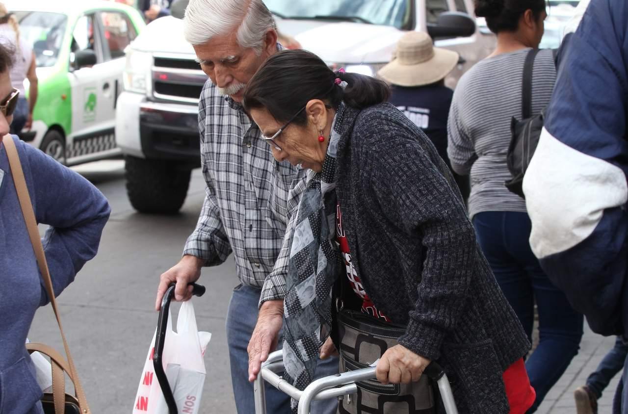 Al 52%, entrega de pensión para adultos mayores en Durango