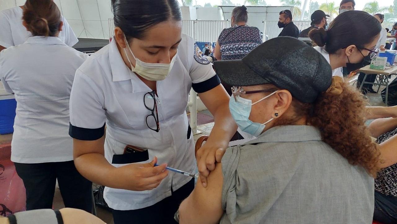 Posponen vacunación de 40 a 49 en la capital duranguense