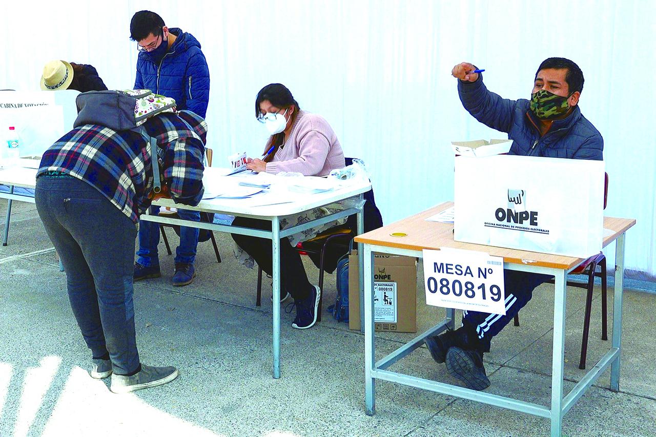 Gobierno peruano esperará decisión de Jurado electoral