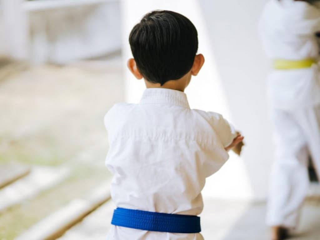 Niño pierde la vida tras ser azotado repetidamente contra el suelo en clase de judo