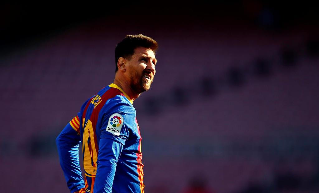 ¿Cuáles son las ganancias actuales de Messi y qué necesitan otros clubes para ficharlo?