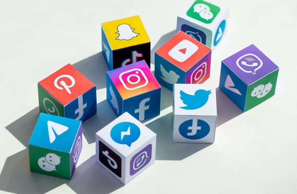 Las redes sociales celebran su día este 30 de junio y este es su origen