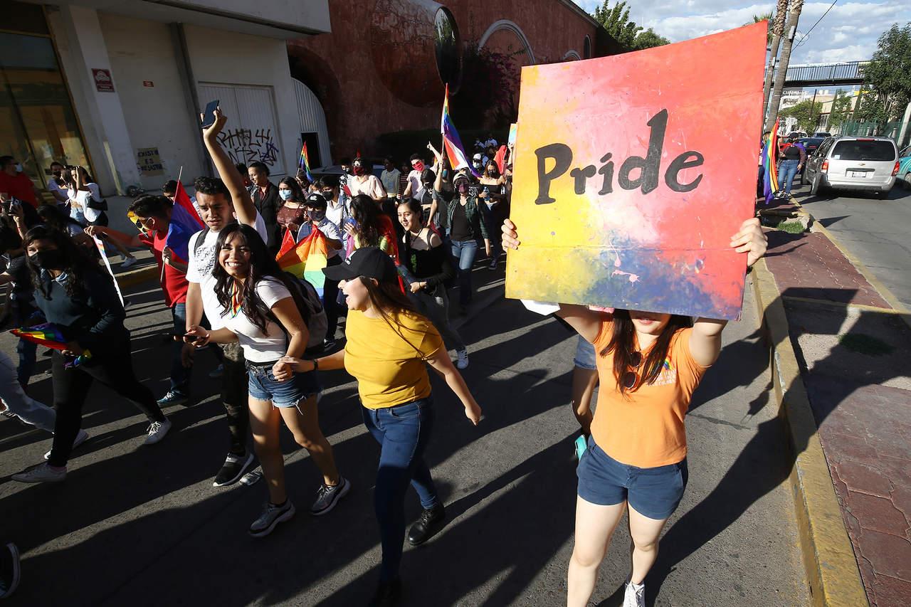 'PAN y PRI en contra de matrimonio igualitario'