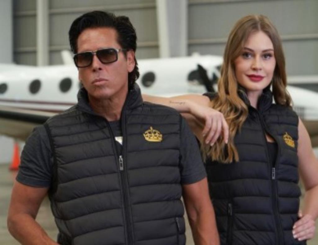 Roberto Palazuelos presenta su colección de ropa en México