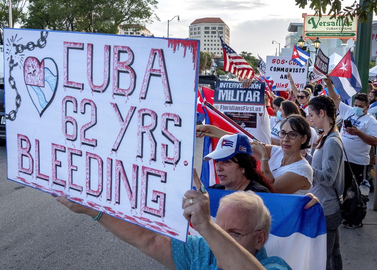 La 'flotilla de apoyo a Cuba' zarpa de Miami