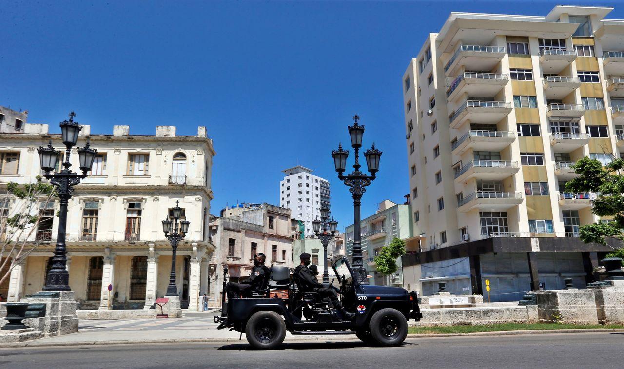 Biden sanciona a la cúpula de Cuba