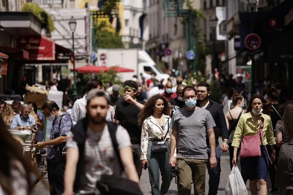 Francia registra cerca de 20 mil nuevos contagios COVID-19 en un día