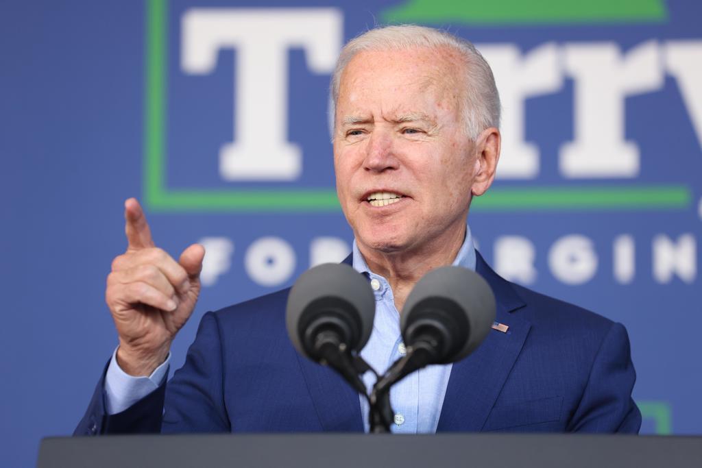 Joe Biden rompe contratos de muro en la frontera común con México
