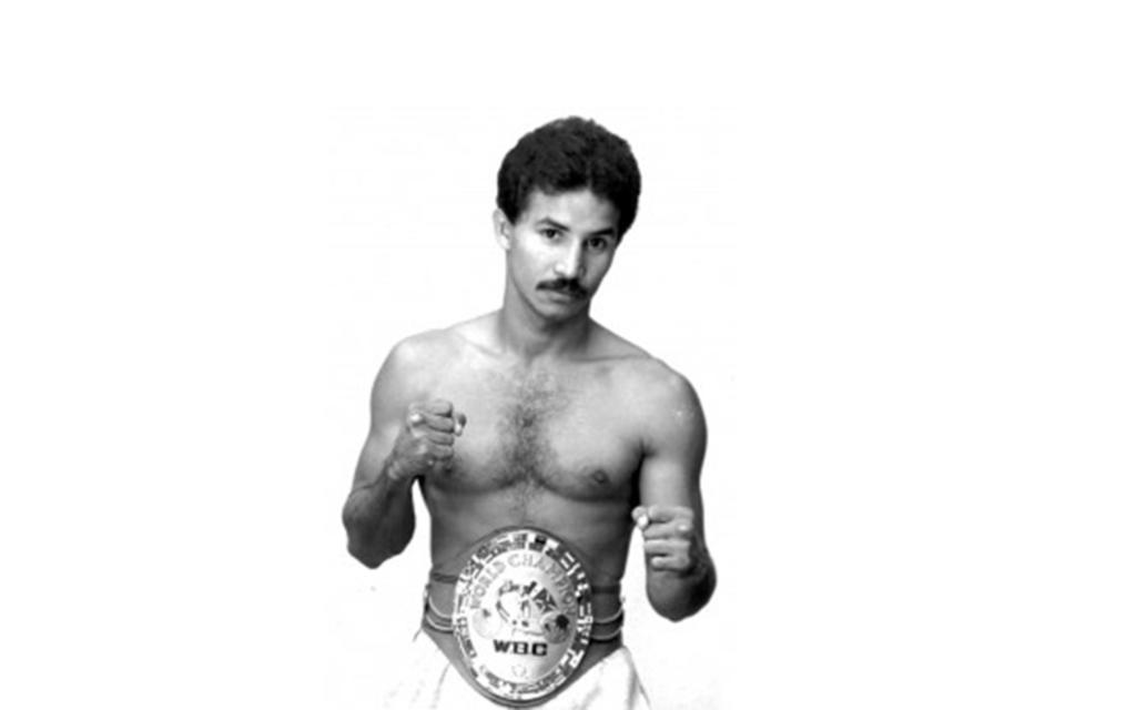 Un día como hoy, Miguel 'Happy' Lora defendió su campeonato Gallo WBC