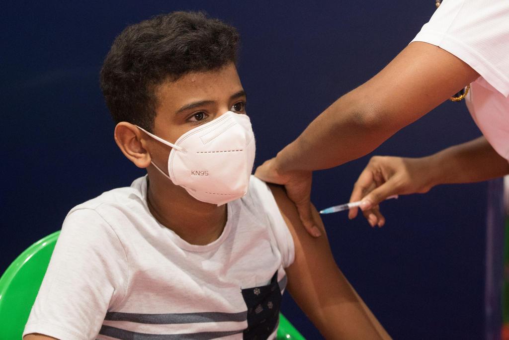 Proponen gobernadores de Acción Nacional aplicar vacuna antiCOVID a partir de los 12 años