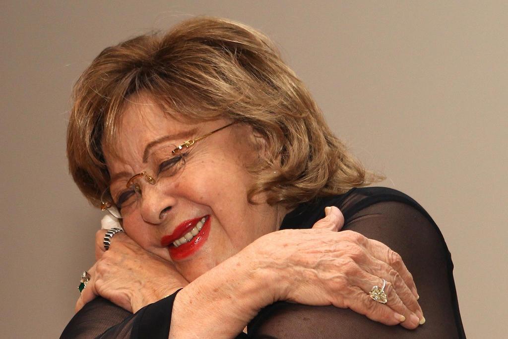 Silvia Pinal, aún sin ser dada de alta de clínica en CDMX; familiares afirman que se encuentra bien