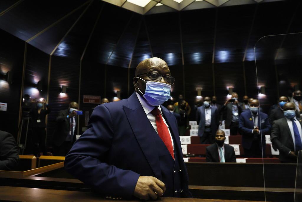El expresidente sudafricano Jacob Zuma pide reconsiderar pena de prisión por desacato