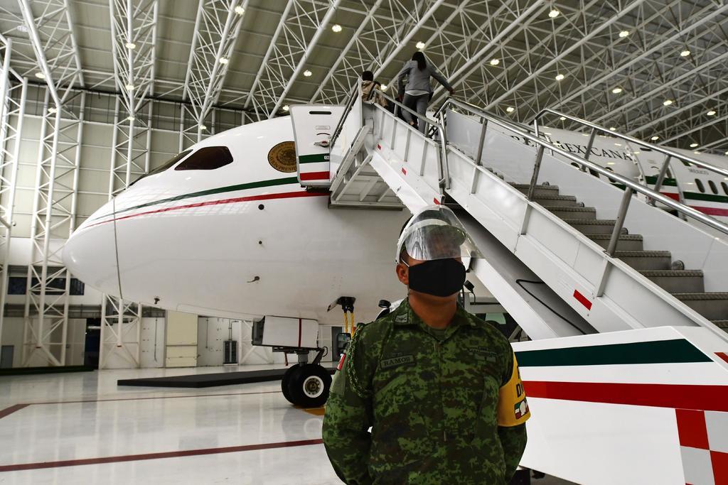 Avión presidencial regresa a México procedente de EUA