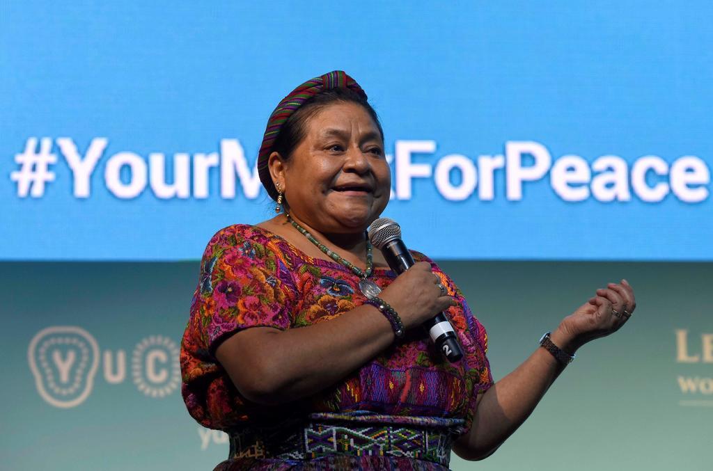 Rigoberta Menchú manifiesta su solidaridad con Alejandro Moreno y lamenta los hechos de violencia en la sede del PRI
