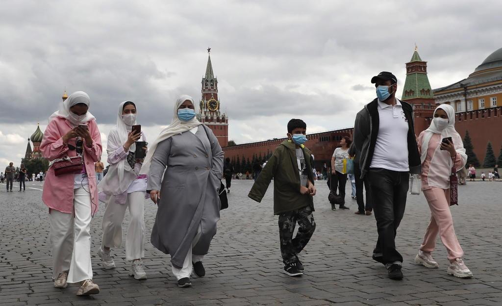 Las muertes diarias por coronavirus en Rusia alcanzaron un récord por quinto día consecutivo