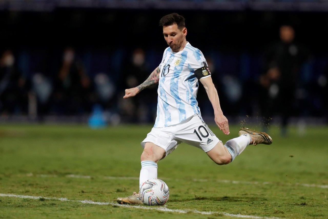 Messi decidido a ganar un título con Argentina tras avanzar a semis de la Copa América