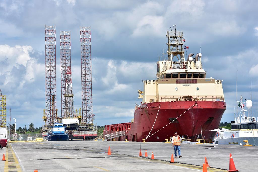 Diputados del PRD exigen hacer públicas las cuentas sobre refinería de Dos Bocas