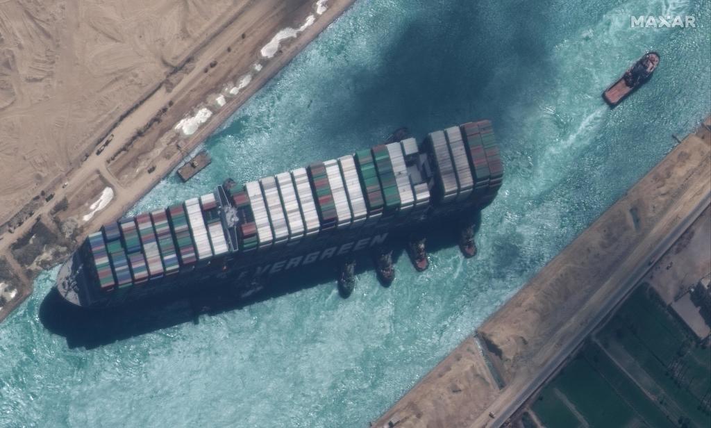 El Canal de Suez permitirá salir al 'Ever Given' después de estar meses retenido