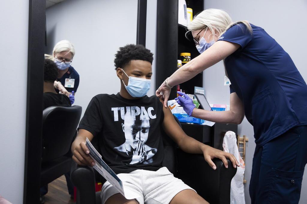 Afirman que 99% de muertes recientes por COVID en EUA son de no vacunados