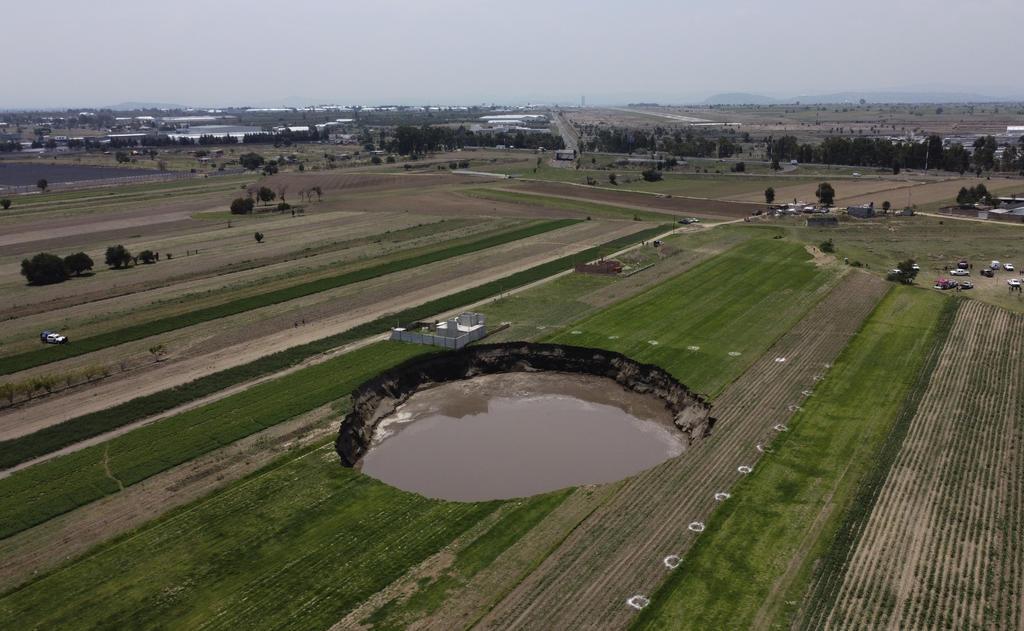 Conagua explica qué provocó que se formara el socavón de Puebla