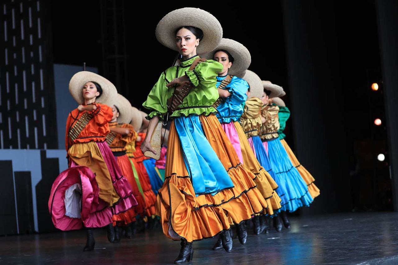 Alistan el festival mexicano 'Danzatlán'