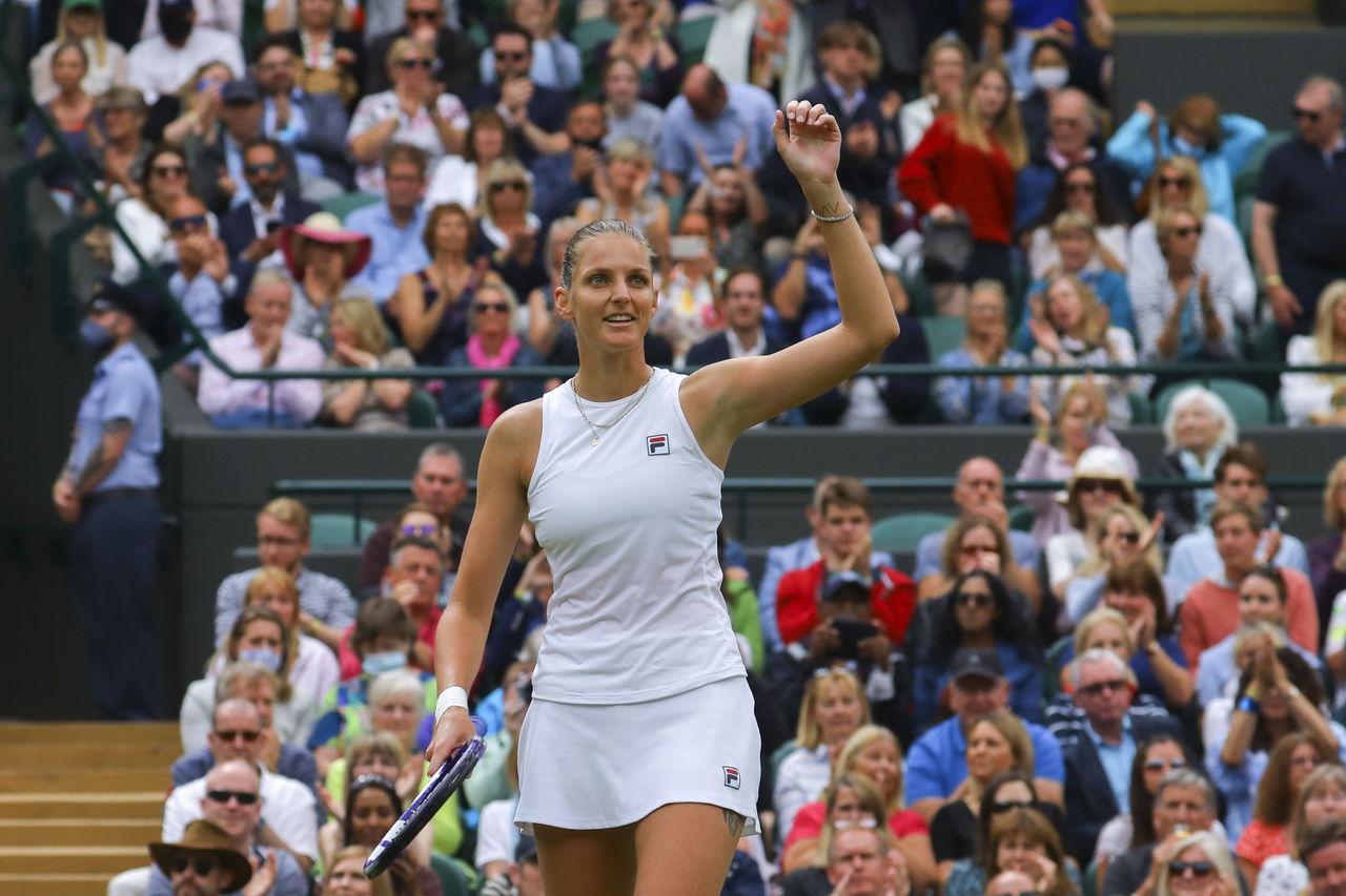 Barty, Pliskova y Kerber, a semifinales